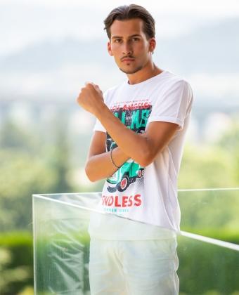 T-Shirt Básica com Estampado