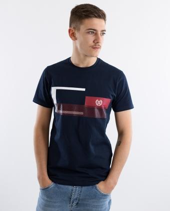 T-shirt com estampagem